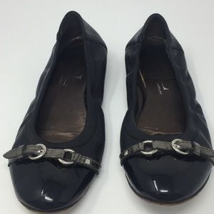 AGL  Black cap toe ballet flat with buckle -8.5